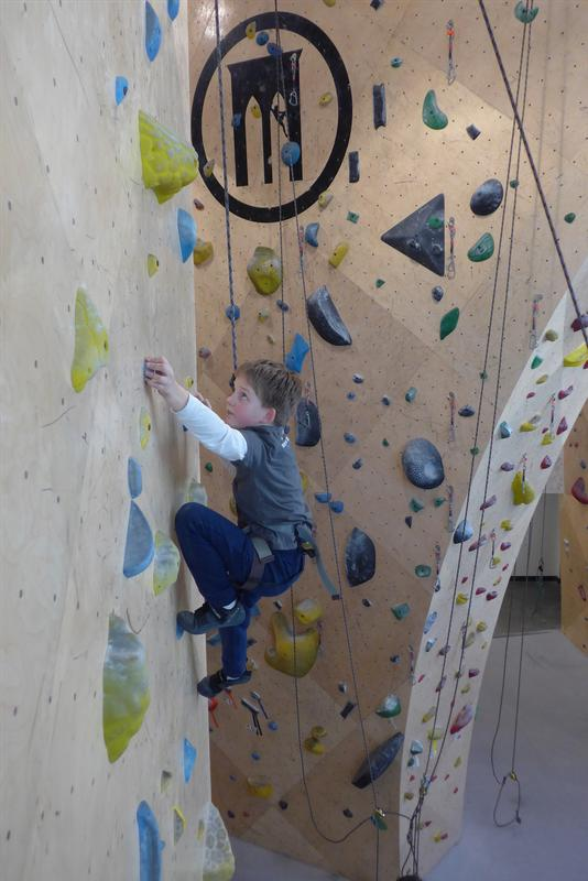 Learn-to-Climb at Brooklyn Boulders Queensbridge