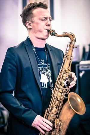 NYC Saxophonist Adam Larson w/ The Des Moines Big Band