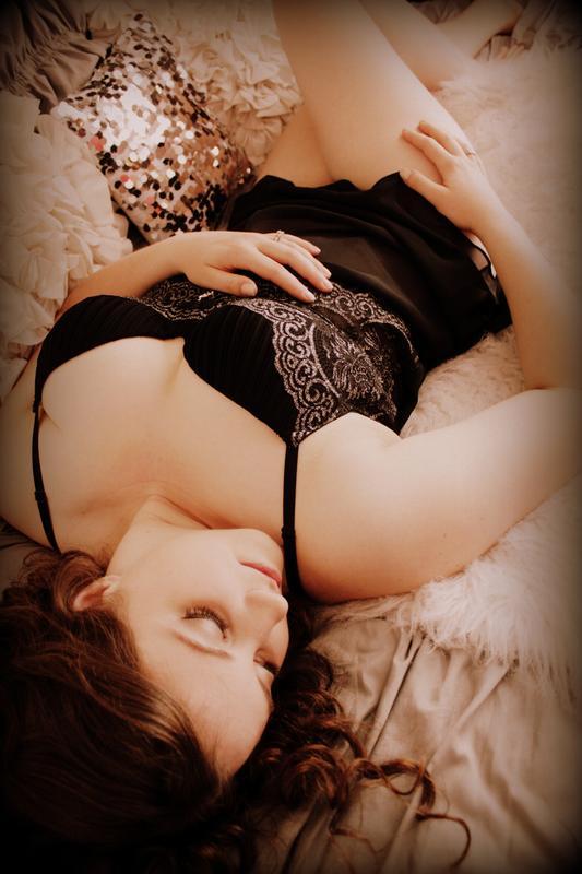Bridal boudoir portrait for Dee