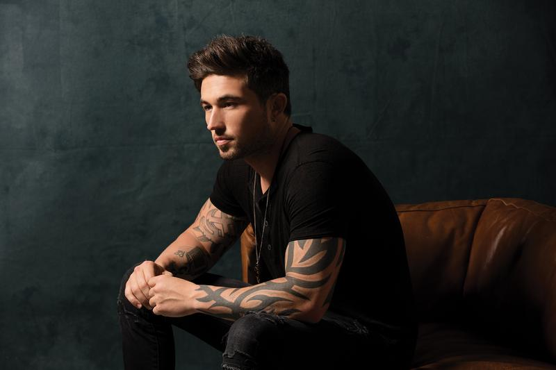 Michael Ray Live In Concert