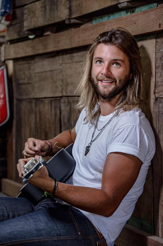 An Evening with Keith Harkin at Vega 8/30