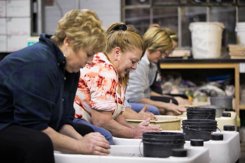 Maker Date : Ceramics