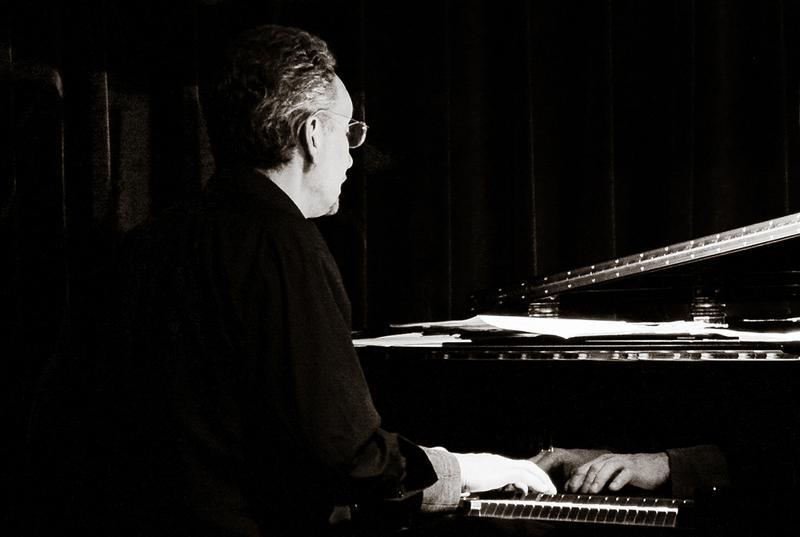 Joe Hunter (solo piano)