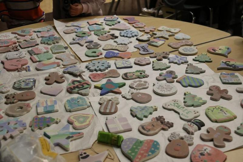 M.A.M.A's Clay Cafe Holiday Fun Night!