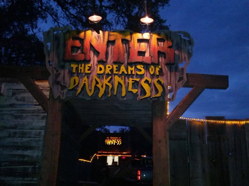 Dreams of Darkness Haunted House 2016