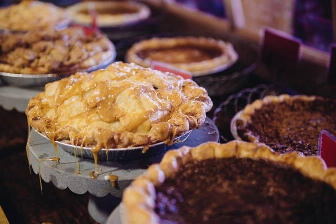 2017 Thanksgiving Pies for pick-up on Nov 22nd 8am to 7pm