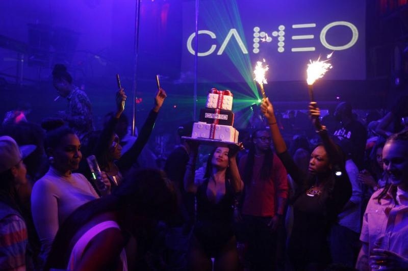 Club Cameo Miami Partybus