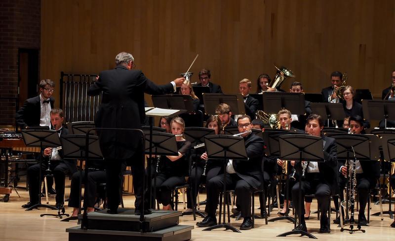 Wind Ensembles: American Winds