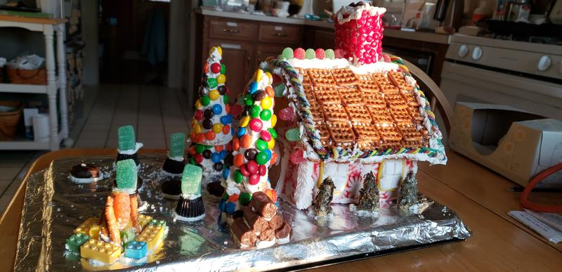Tasty Tuesday's Peppermint Holiday House