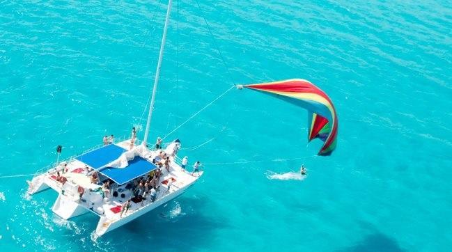 Premium Isla Mujeres Catamaran Tour (All-inclusive)
