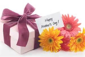 An Evening With Mom - A Mother's Day Event