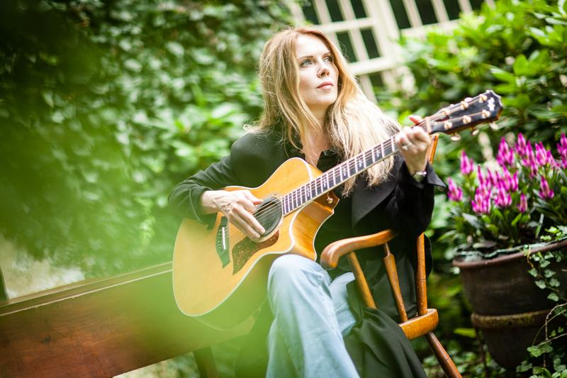 An Evening with Mary Fahl