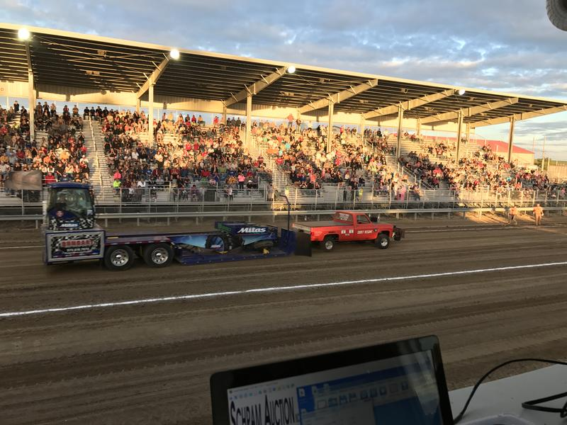 Thursday Evening Open Truck & Tractor Pull