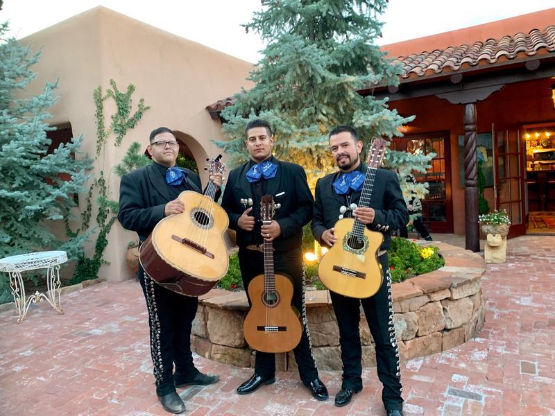 Los Amigos Trio