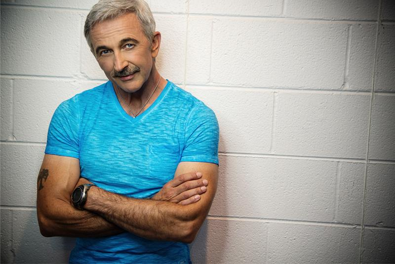 Aaron Tippin - 2015 Track Seating