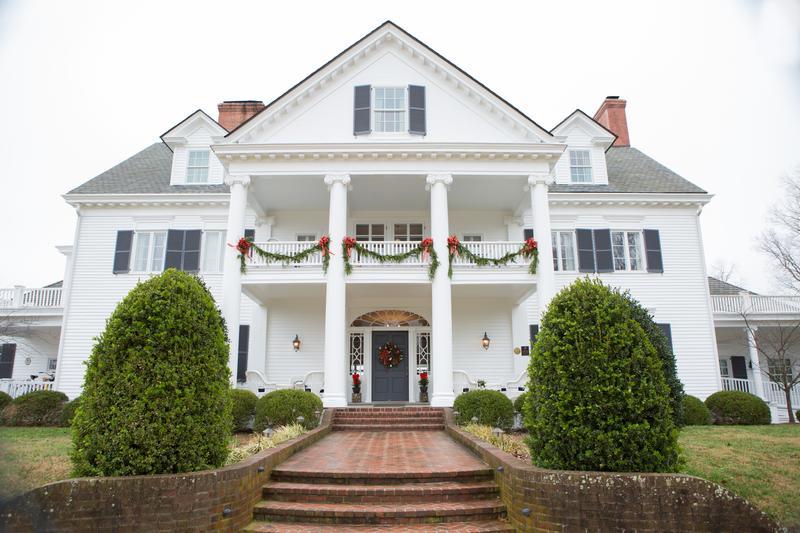A Colonial Christmas Celebration