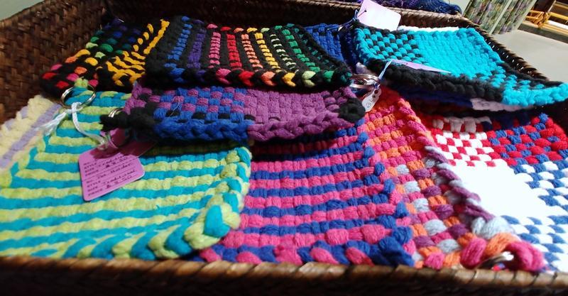 Ozark Folk School Winter Saturday Craft Class - Potholder Loom Weaving