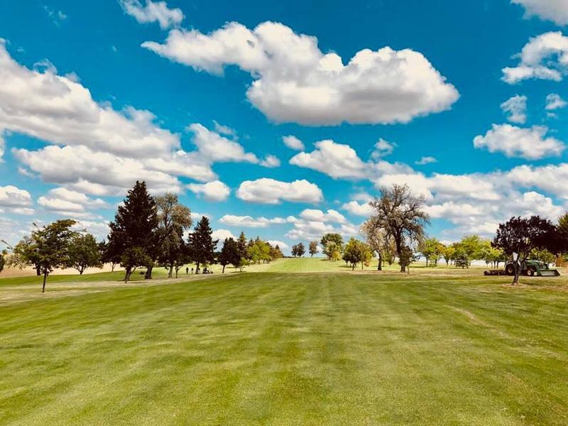 Let Er' Blow Annual Couples Golf Tournament