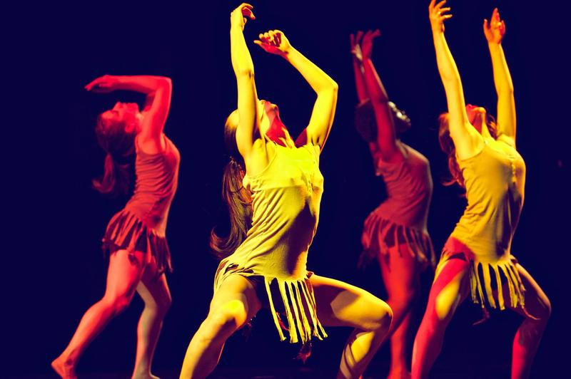 "Silva Dance Company presents ""Raiz"""