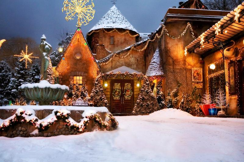 Lights on at La Caille - 2018