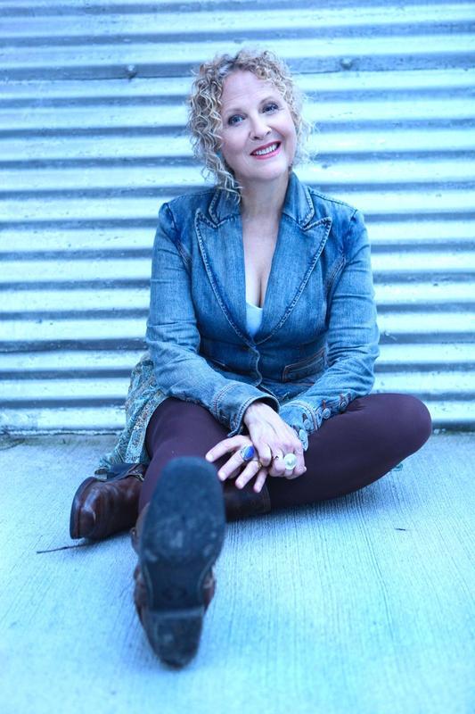 Julie Christensen & Stone Cupid : Tennessee Shines