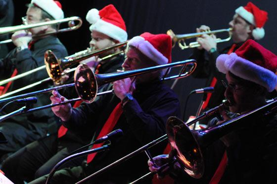 Sounds Of The Season w/ The Des Moines Big Band